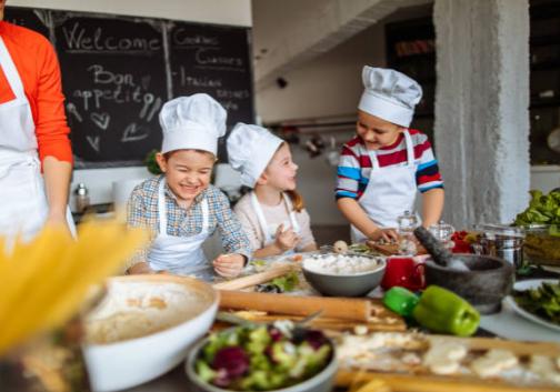 kids-cooking-group-1-landscape